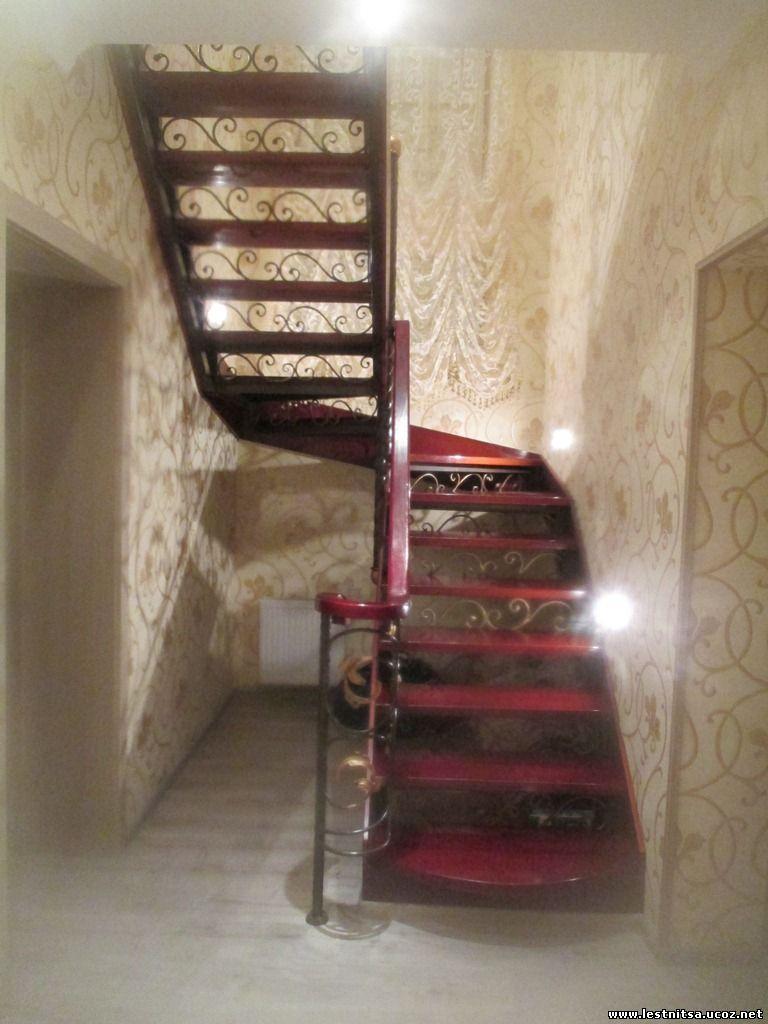 Лестница с елементами радиусных перил