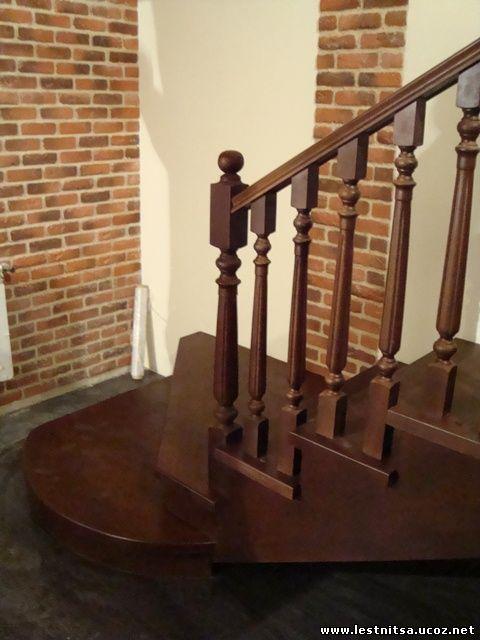 Дубовая лестница цвет орех